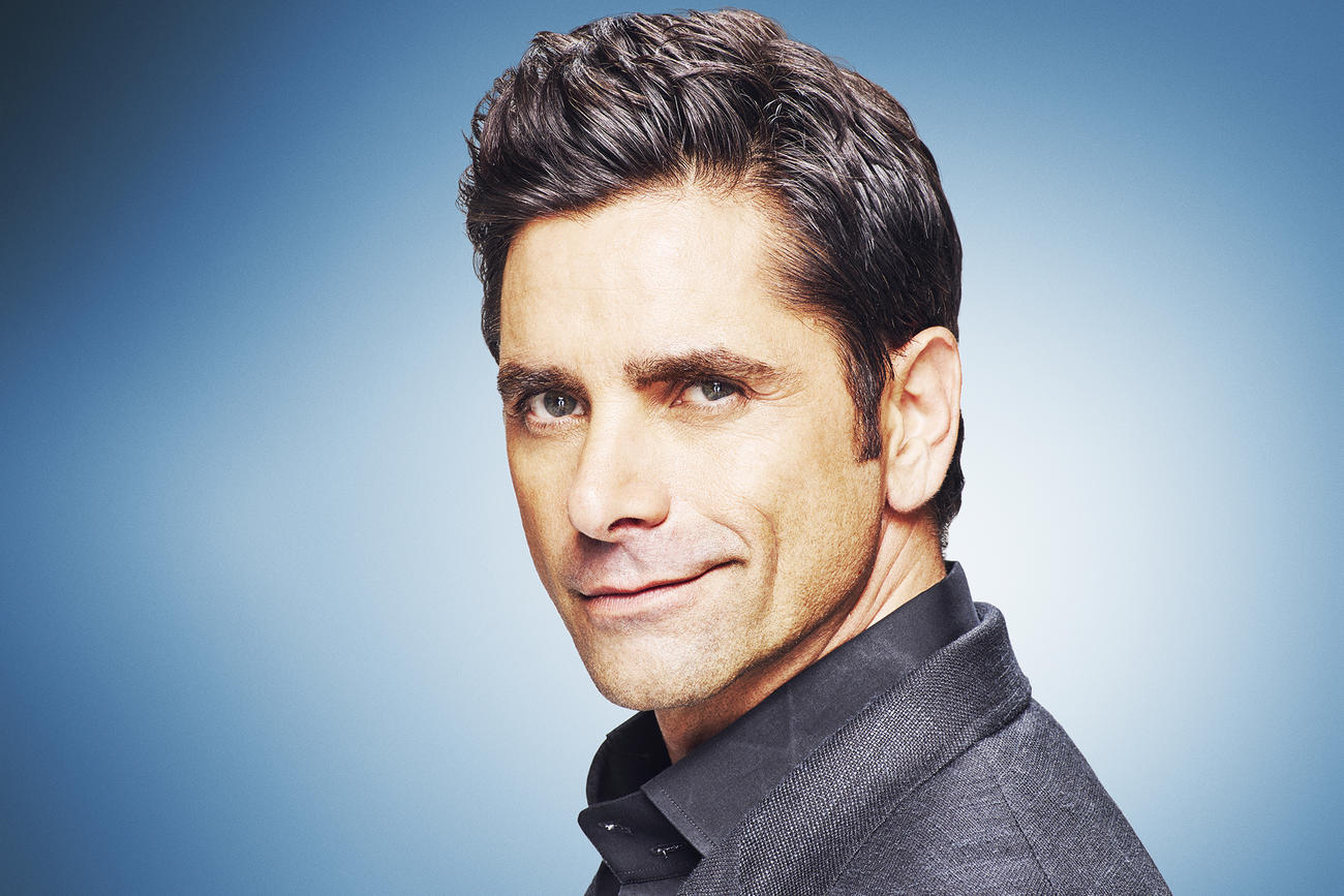 14 Pictures John Stamos