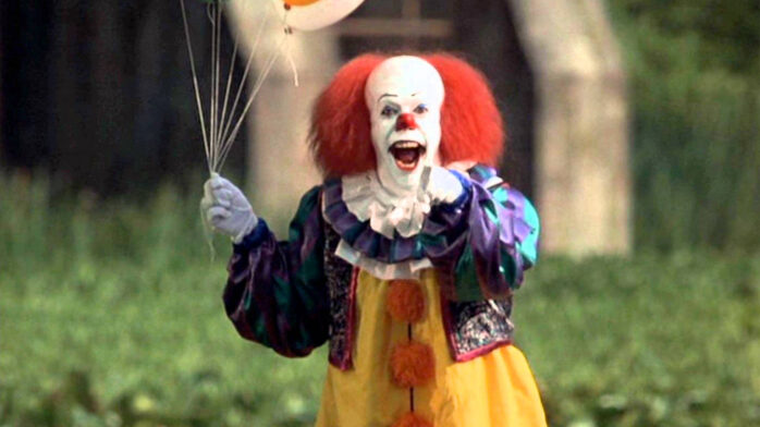 Pennywise The Clown 1990wallpaper: Pennywise The Clown Gets A New Costume In 'It' Reboot