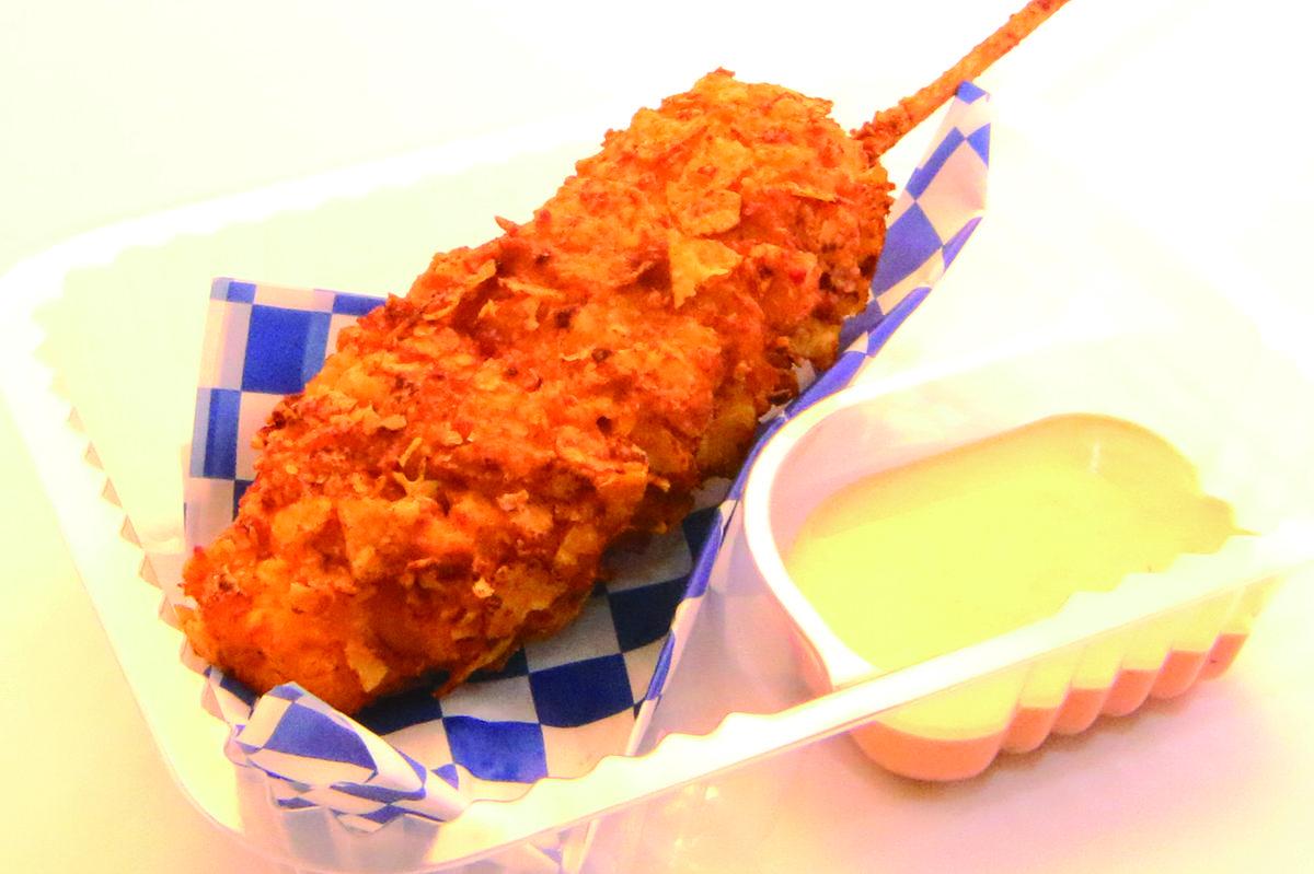 doritos___bacon_mozzarella_cheese_stick_-_benavides_nachos