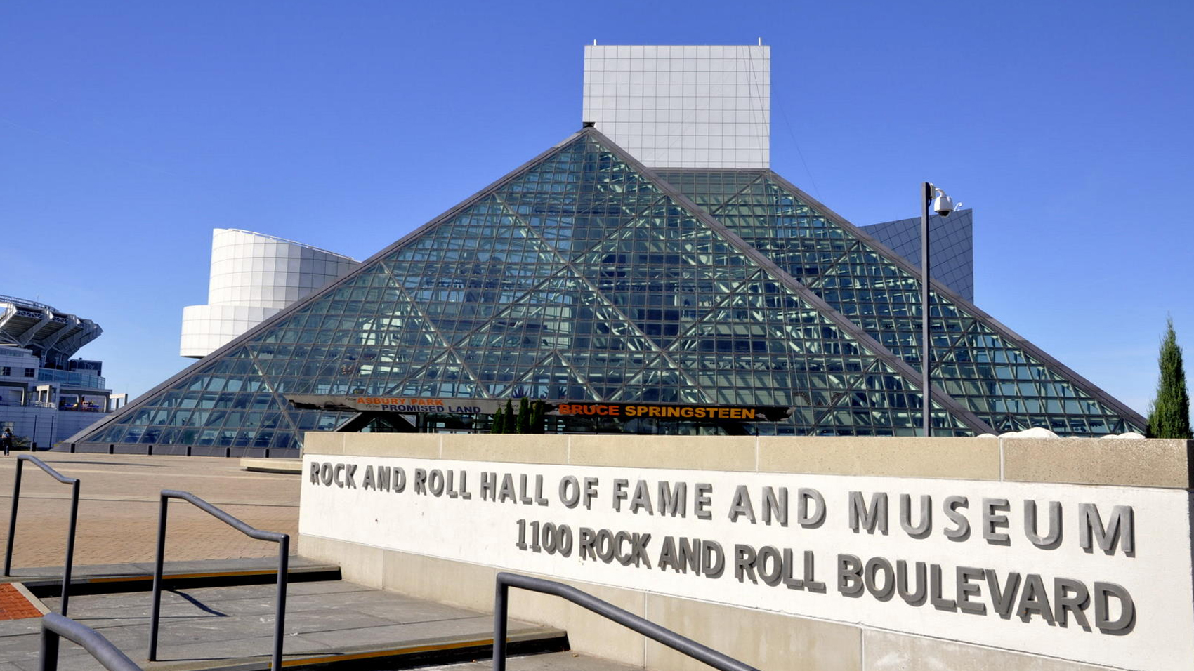 Rock And Roll Hall of Fame 2017 Nominees Announced | Riot Fest