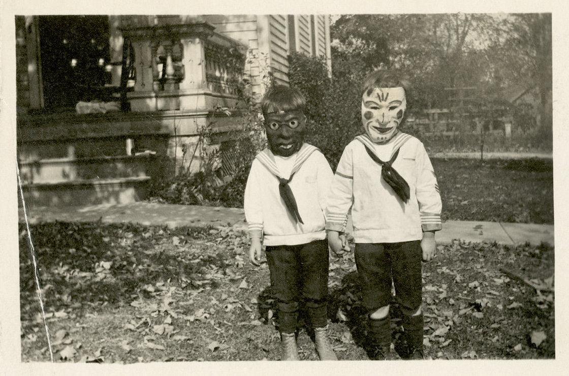 Creepy Kids Wearing Creepy Old Halloween Costumes - Riot Fest