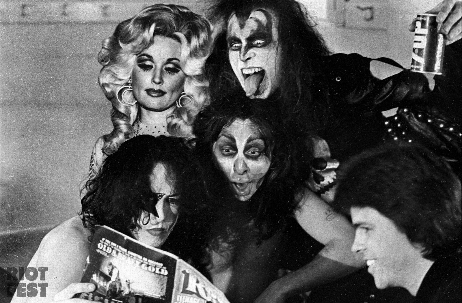 Strange but true when dolly parton met kiss riot fest the band kiss was a big fan of dolly parton and when the song i will always love you was released in 1974 ace frehley asked dolly parton if they could publicscrutiny Choice Image